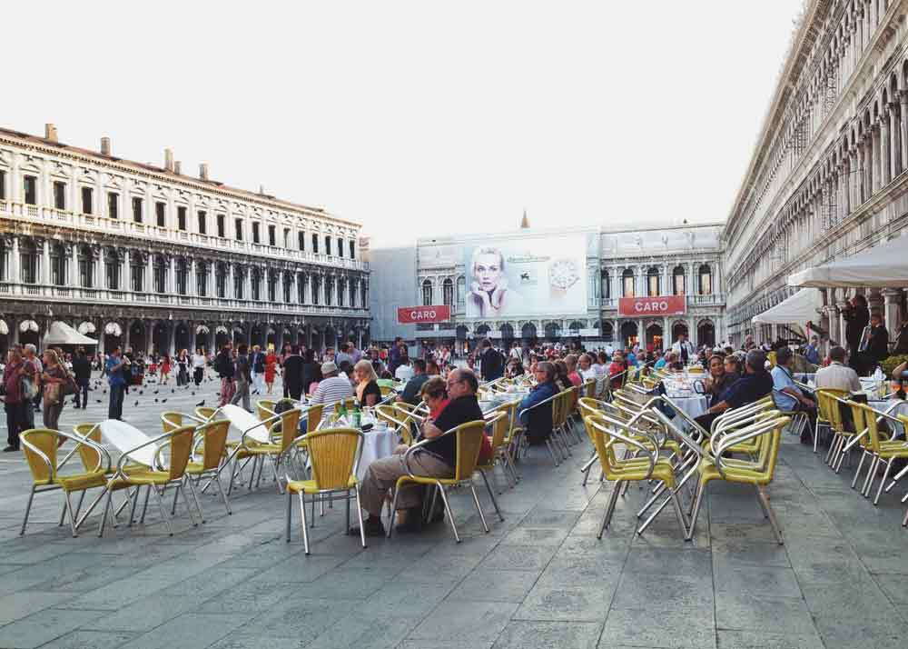 Piazza-San-Marcos