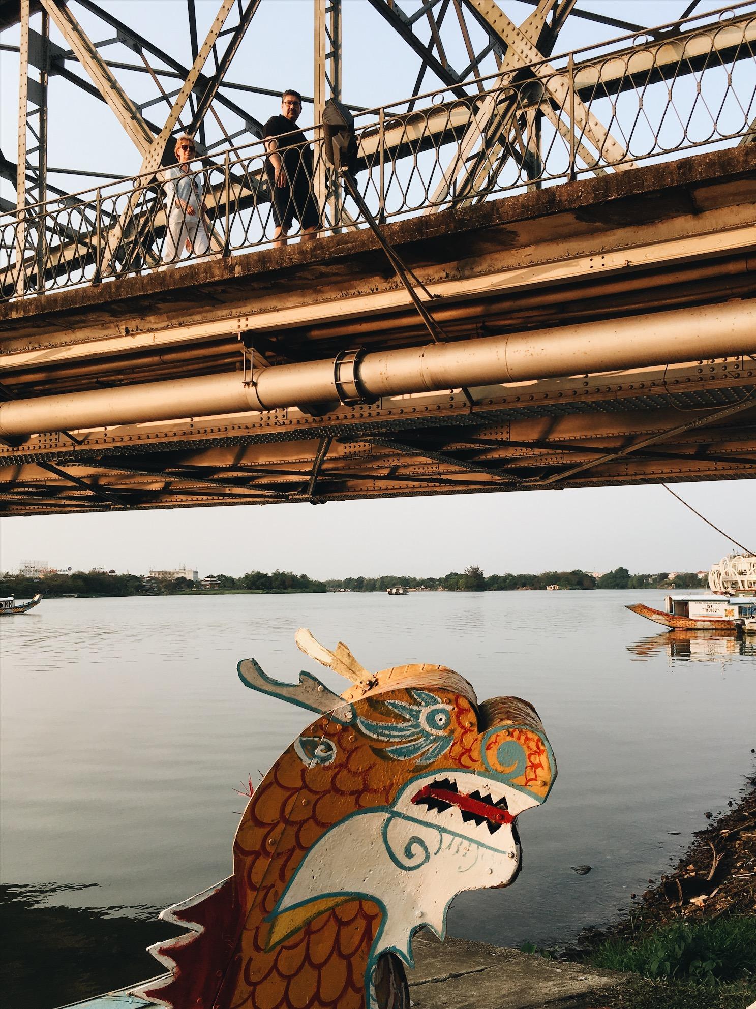 Hue's Cầu Trường Tiền Bridge.