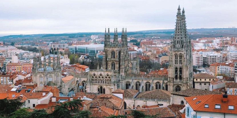 Burgos Cathedral from the Castle / Photo: Superminimaps