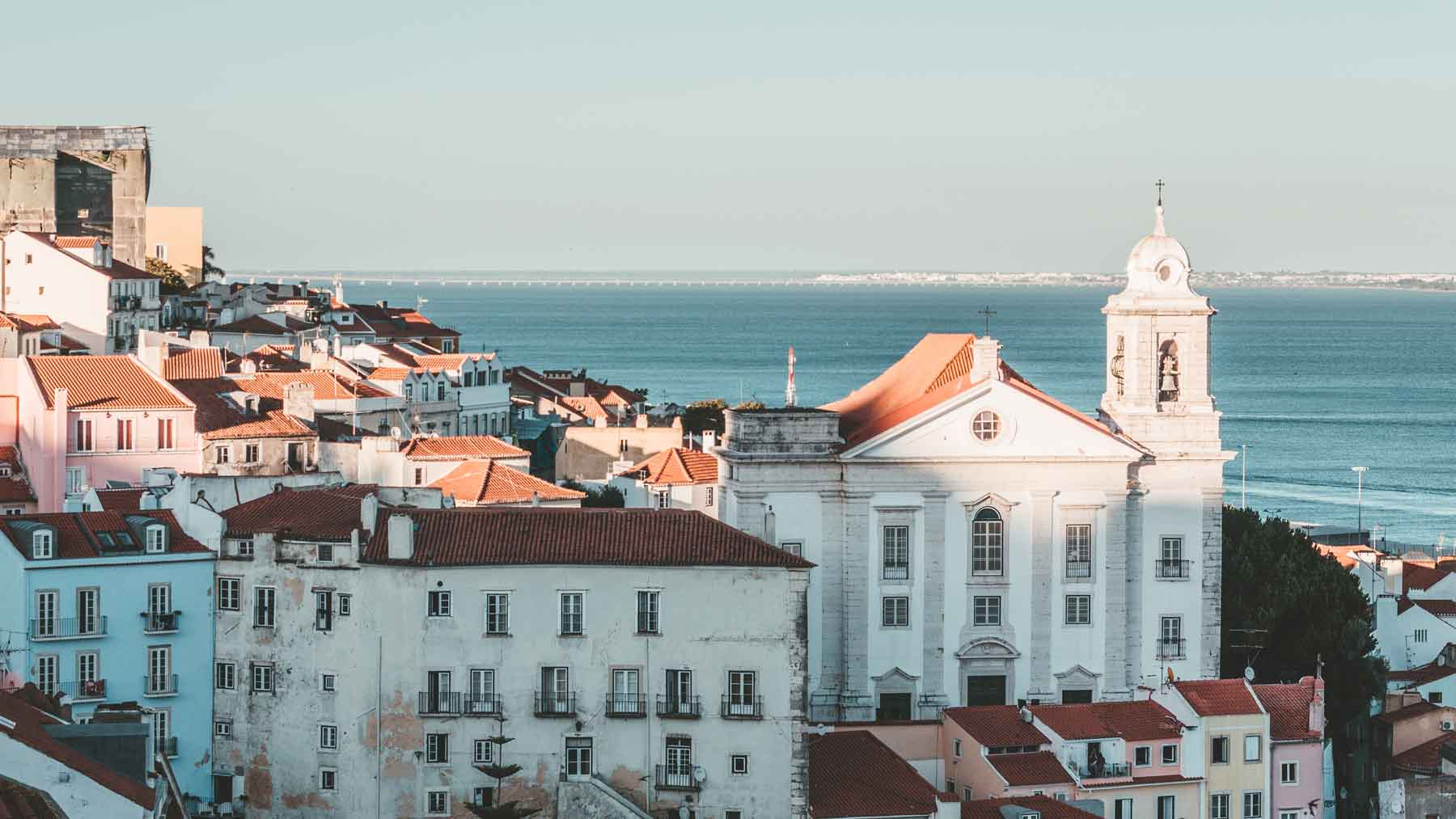 View from Santa Luzia. | Photo by Robin Alves via Unsplash.