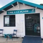 'LIRE À LA PLAGE', ALWAYS A VERY NICE PLAN