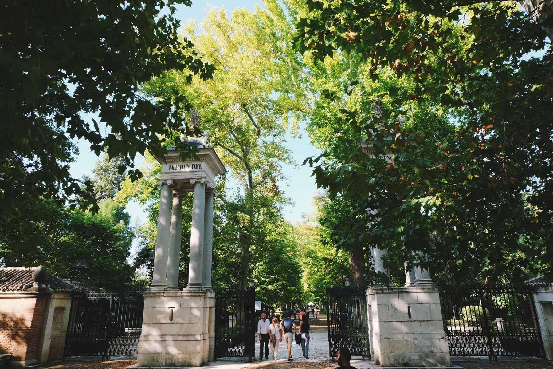 Entrada de los Jardines del Príncipe / The Prince Gardens entry.